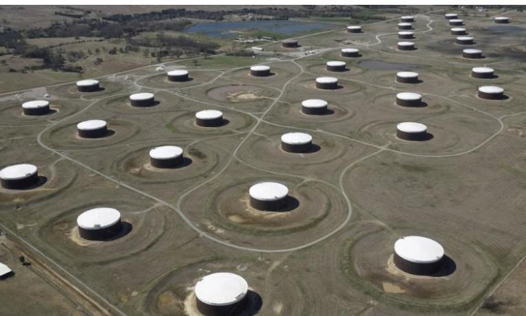 Нефть растет на снижении добычи США, Россия наращивает добычу